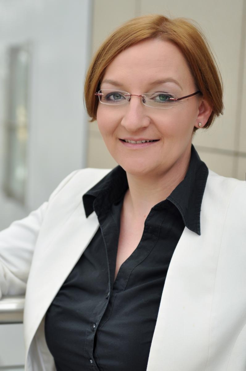 Anita Naumann