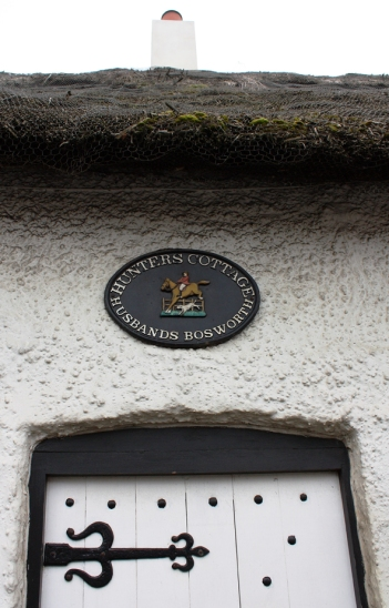 Türschild: Hunters Cottage